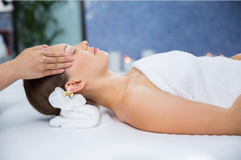 masaj facial simplu